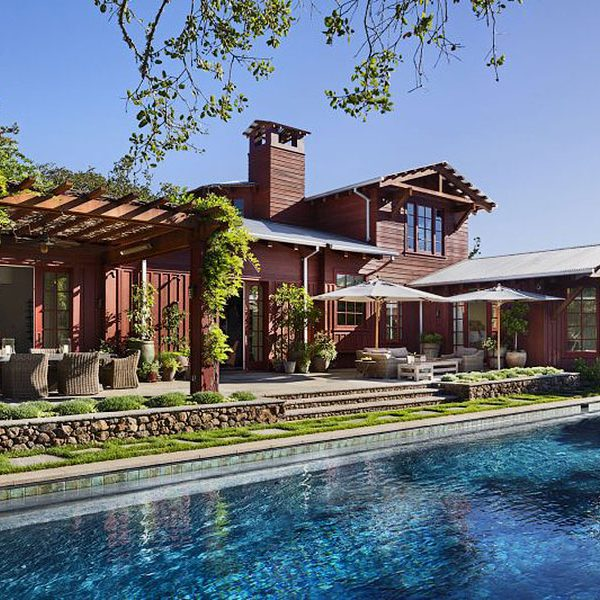 JMA_Craftsman-Farmhouse-back-and-pool
